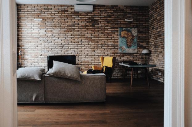 Proiecte de case de cărămidă vs. proiecte de case de lemn